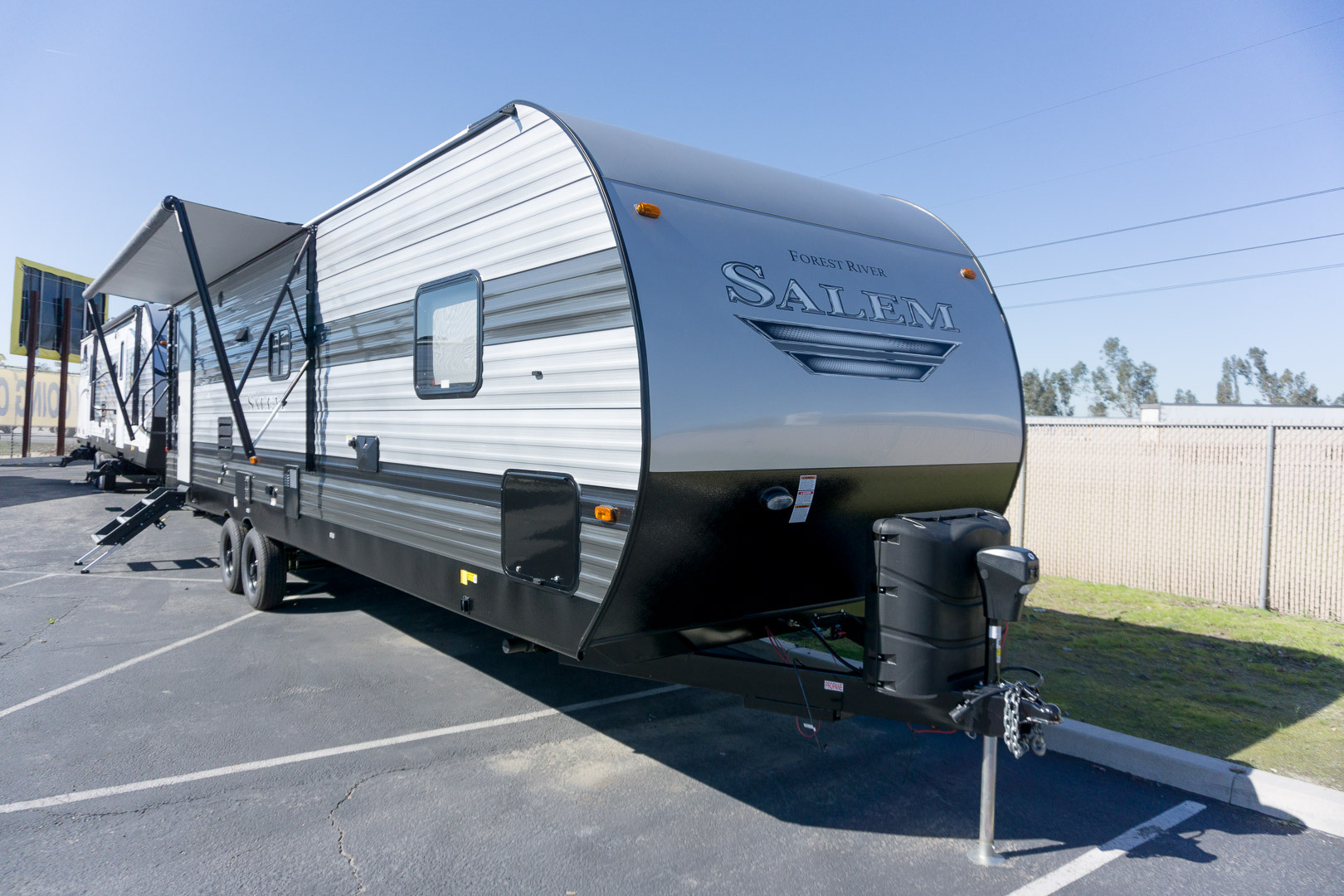 2019 FOREST RIVER SALEM 28RLSS