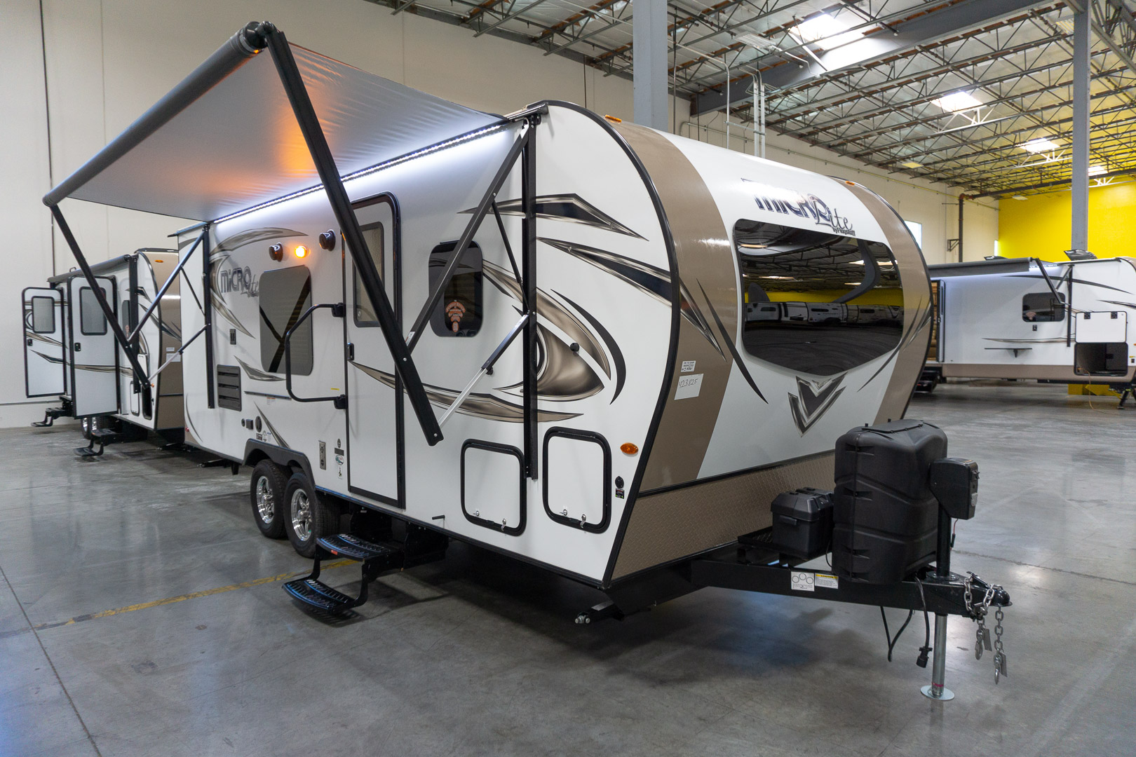 2019 FOREST RIVER FLAGSTAFF MICRO LITE 23LB
