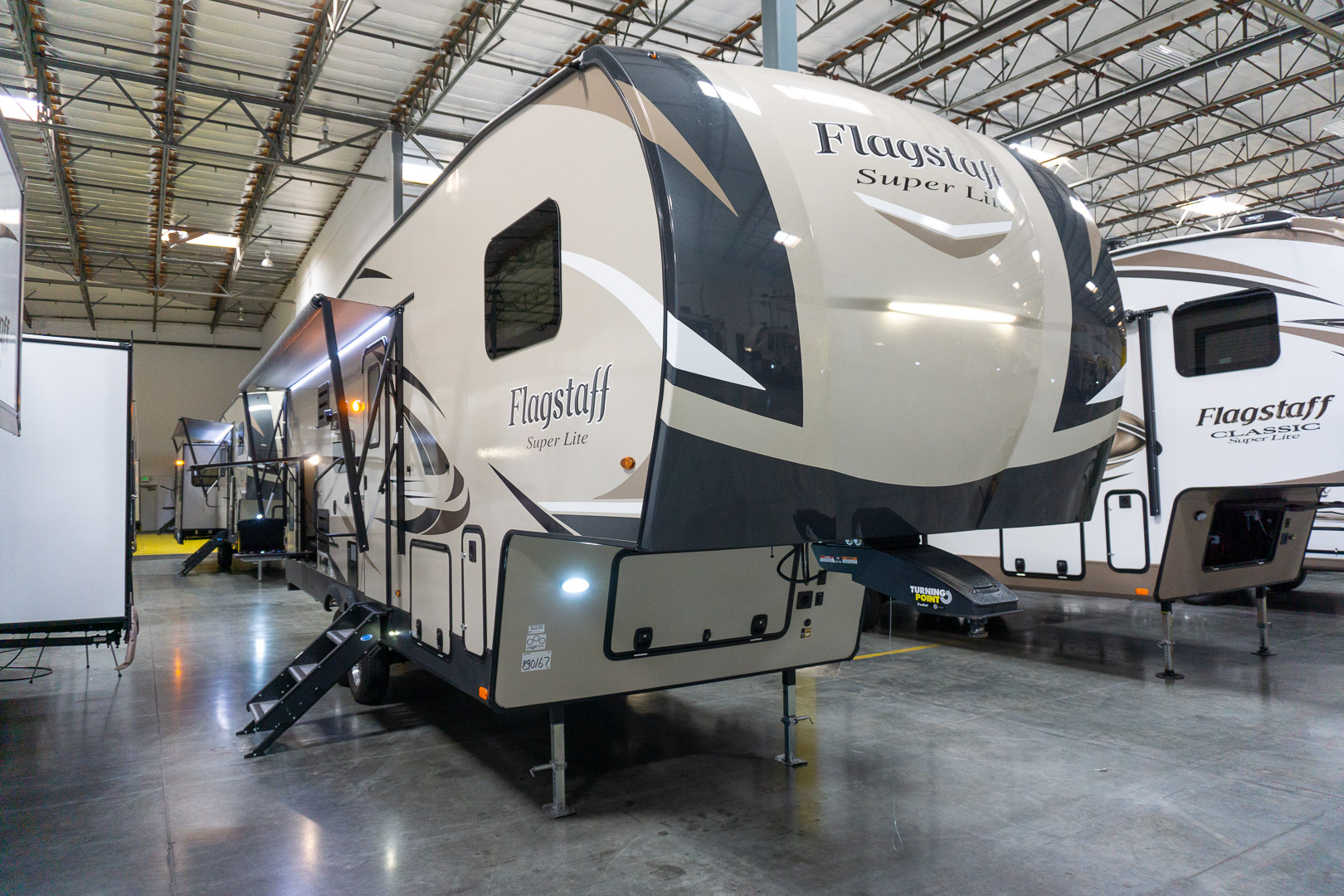 2020 FOREST RIVER FLAGSTAFF SUPER LITE 527BHS - Family RV
