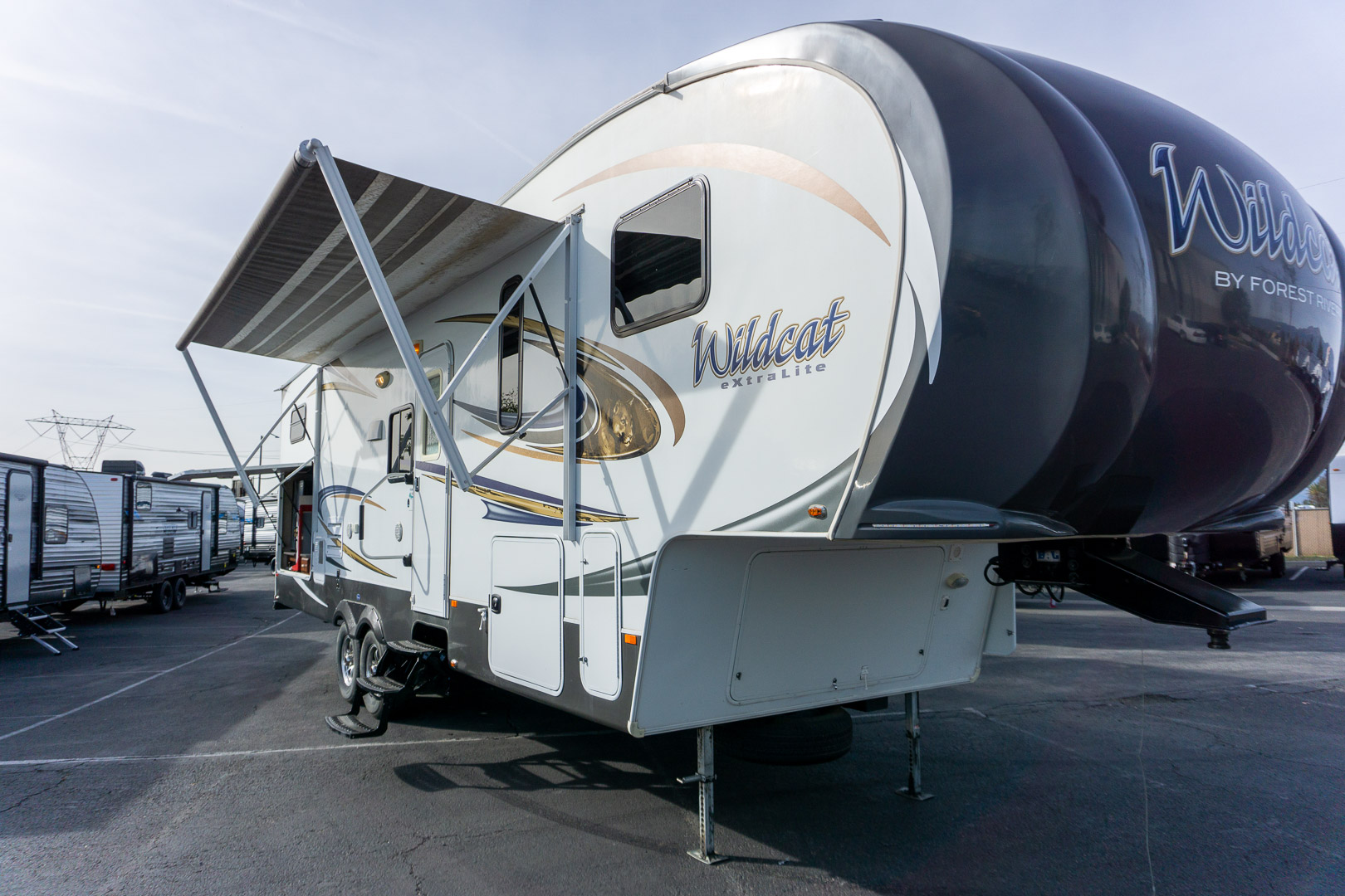2014 FOREST RIVER WILDCAT EXTRALITE 312BHX